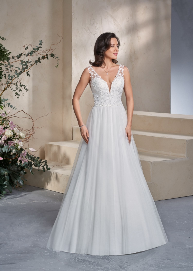 Weddingdress Affezione Cricket - Front