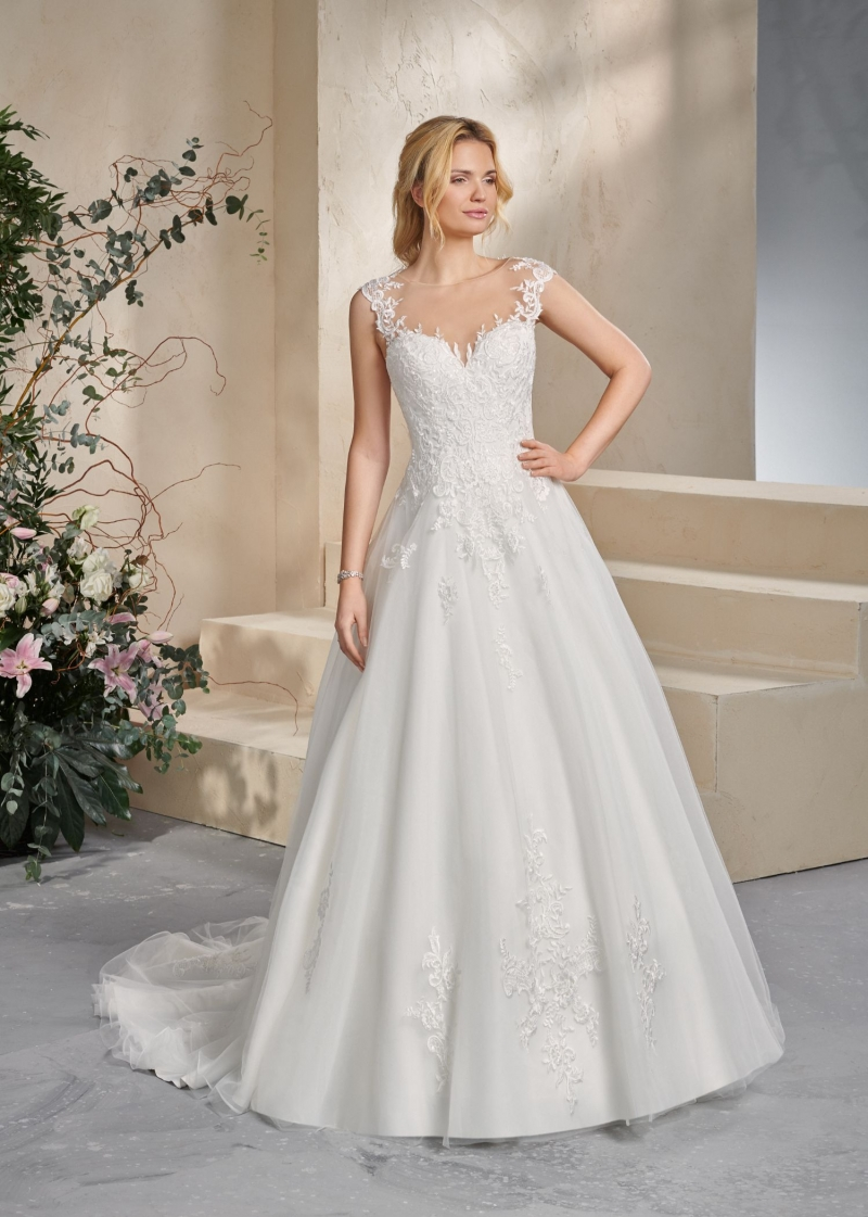 Weddingdress Affezione Hero - Front